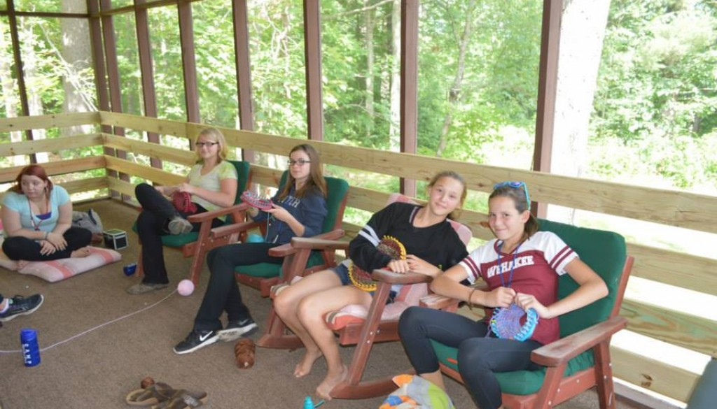 WeHaKee campers knitting