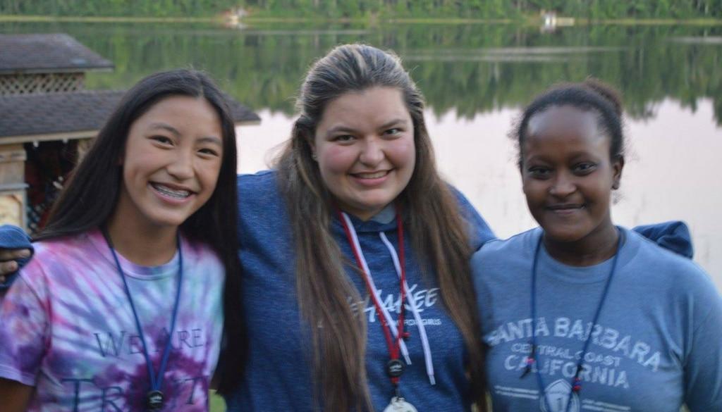 WeHaKee Smiling Girls