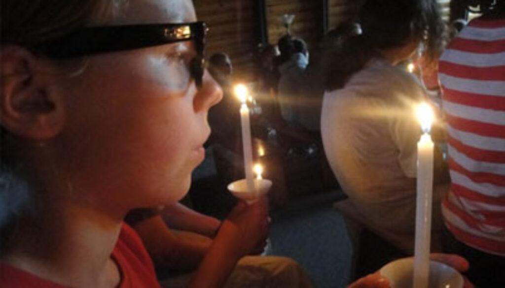 candlesAtCeremony